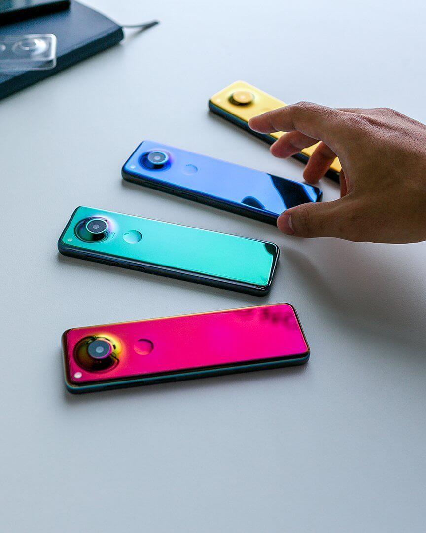 Gem smartphone colours